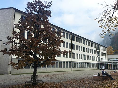 Gymnasium Hohenschwangau, Хоэншвангау, Государственная школа в Германии