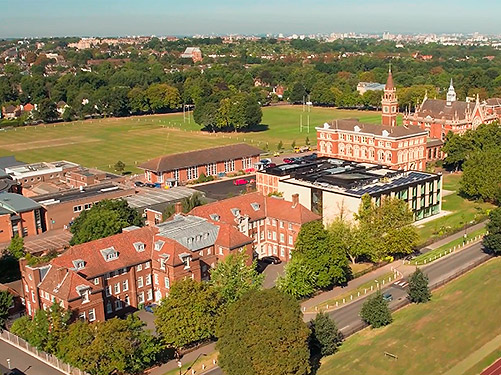 Dulwich College | Далвич Колледж Summer Camp, лагерь за границей, летняя школа в Англии | Великобритании, на базе частной школы пансиона